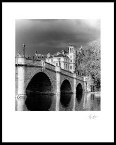 richmond-bridge-bw